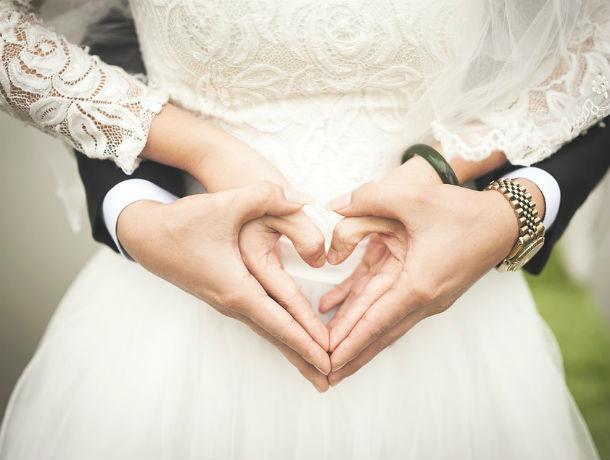 Ростовчане стали реже вступать в брак и чаще разводиться
