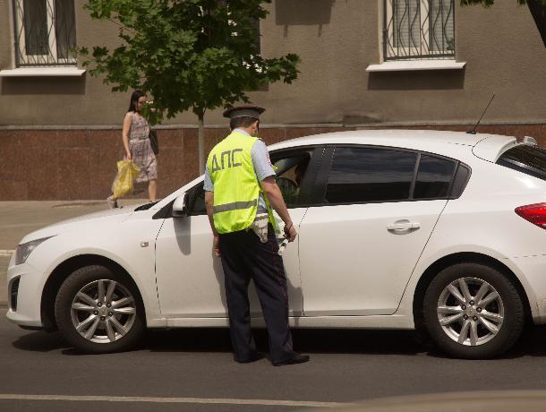 Ростовские полицейские задержали неадекватного водителя «под наркотиками»