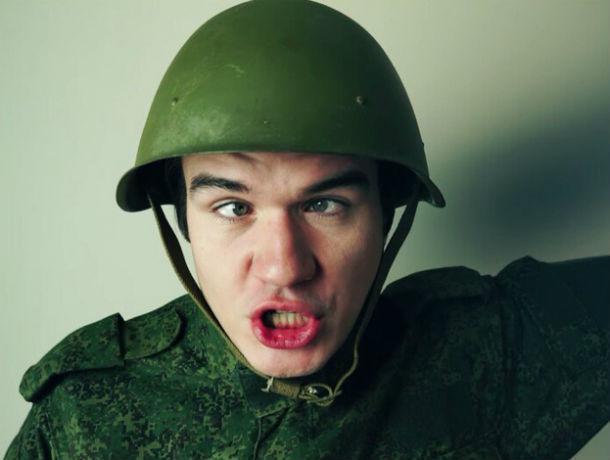 Кинокритик Badcomedian, «раскатавший» первый фильм ростовчанина Басты, придет к нему на шоу
