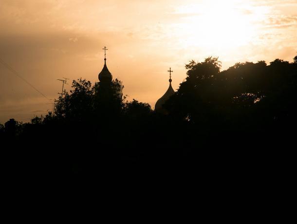 Облачно и жарко: прогноз погоды в Ростове на воскресенье, 23 июня