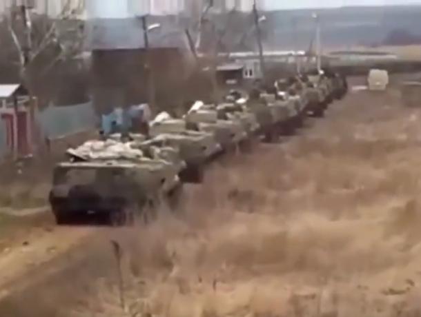 Умные ростовчане вывели автора провокационного видео вторжения бронетехники в Украину на чистую воду