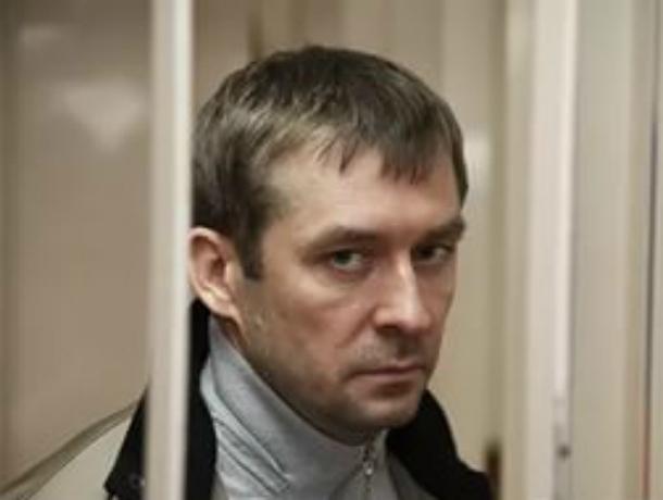 Родители и супруга полковника Захарченко уехали из столицы