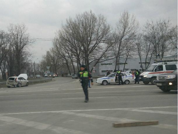Жуткое ДТП счетырьмя пострадавшими устроил шофёр иномарки натрассе под Ростовом