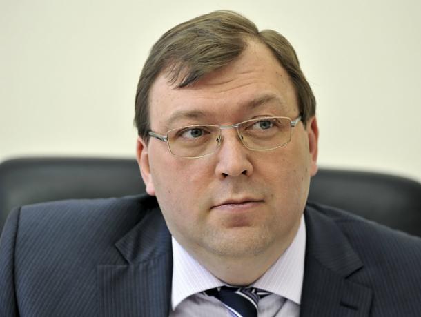 Рекорд из-за «позитивных правок» установили в 2016 году депутаты Донского парламента