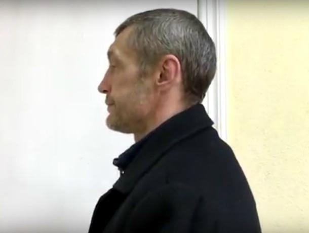 ВИркутске прежний зэк грабил сшокером женщин