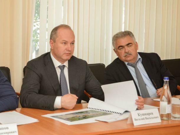 Виталий Кушнарёв вернул на работу своего уволенного по утрате доверия заместителя