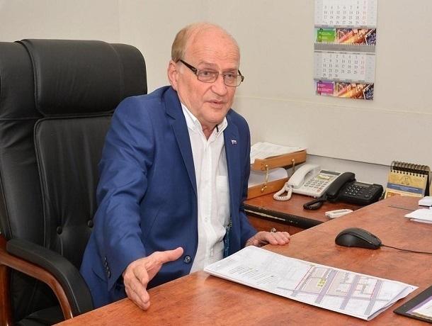 Скандально известный главный архитектор Ростова Юрий Дворников уволился пособственному желанию