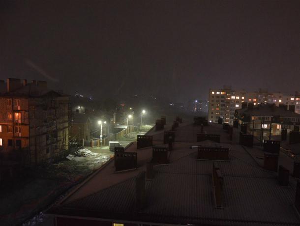Аномальную снежную метель сняли на видео «обалдевшие» жители Ростова и Таганрога