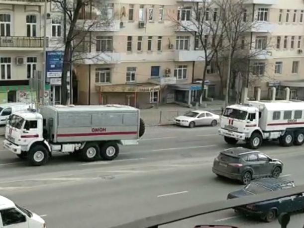 Испугавшие ростовчан выстрелы и машины Росгвардии на улицах объяснили учениями