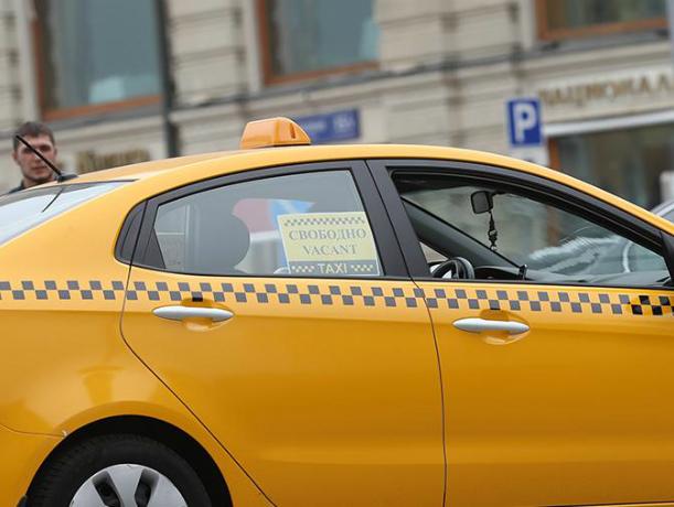 Аккредитованные на ЧМ-2018 такси впервые протестируют власти Ростова