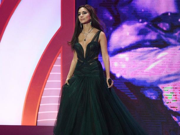 Красотка-певица Зара приедет удивлять Ростов обворожительным голосом и новой программой