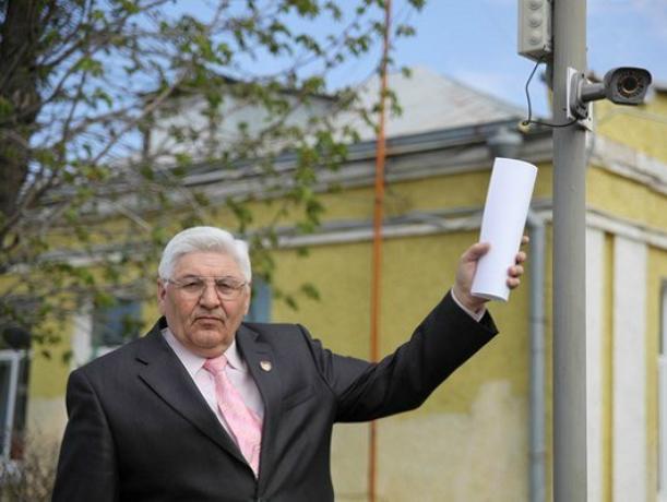 Опытный чиновник ушел в отставку после остановки трамваев под Ростовом