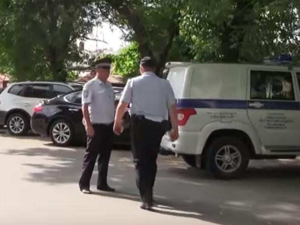 Честные гаишники беспристрастно оштрафовали своего коллегу в Ростове