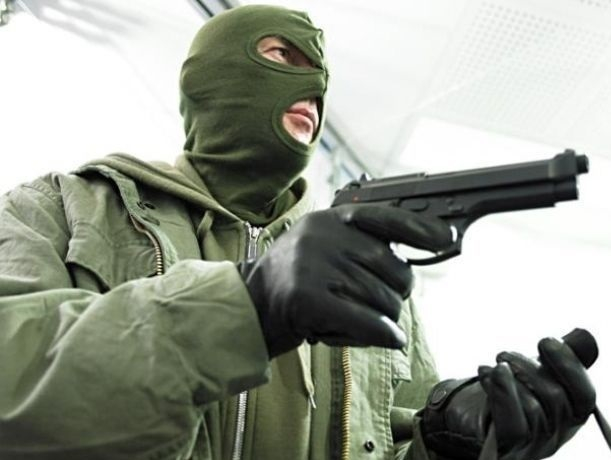 ВРостове-на-Дону перед судом предстанут злоумышленники, грабившие банки, букмеров иювелиров