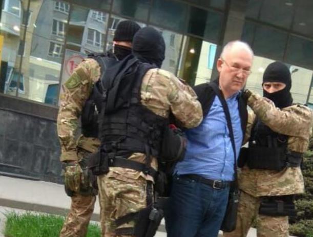 В Ростове задержали бывшего директора «Россельхозбанка»