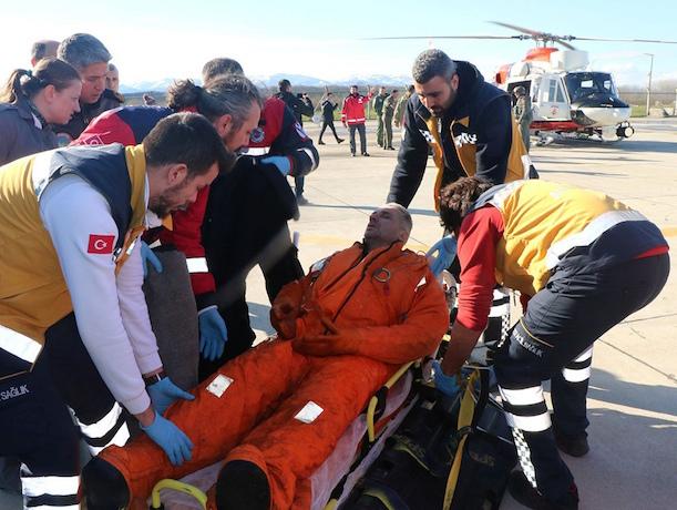 Опубликовано видео спасения выживших на судне «Волга-Балт» из Азова