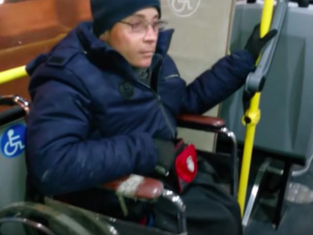Ростовский инвалид попросил вернуть на маршрут №22 низкопольные автобусы
