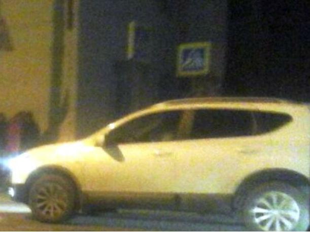 ВРостове шофёр Лада Priora сбил на«зебре» девушку-пешехода
