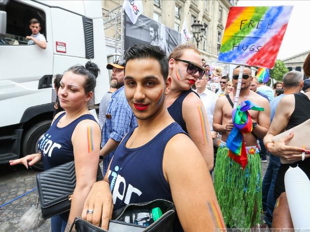 Парад геев на аэродроме хотят провести ростовские сексуальные меньшинства
