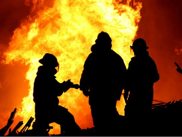Вцентре Новочеркасска горел жилой двухэтажный дом