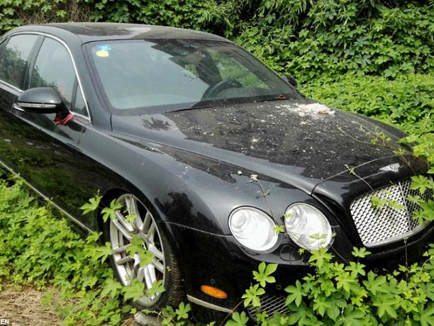 Распоряжаться брошенными авто на улицах смогут власти Ростова как захотят