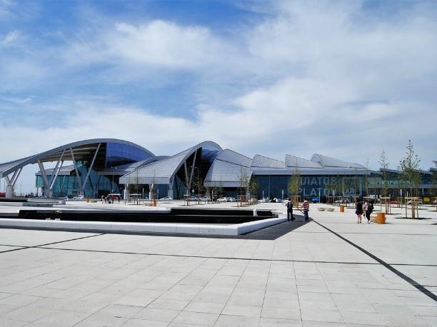 Новые автобусы с пятью остановками запустили в ростовский аэропорт «Платов»