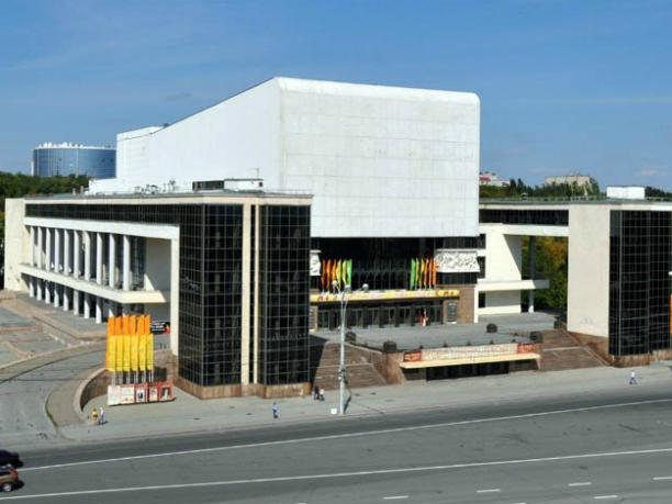Реставрацию ростовского театра Горького захотели провести за25 млн руб.