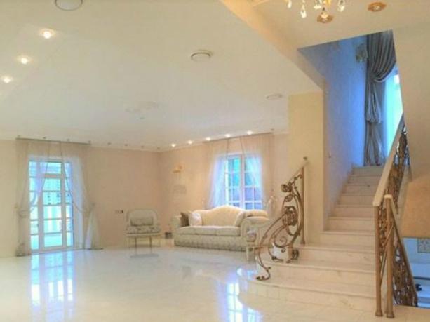 Роскошный особняк за 75 миллионов рублей продают в Ростове