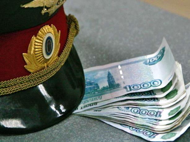 ВВолгодонске полицейский за 500 000 руб. обещал невозбуждать уголовное дело