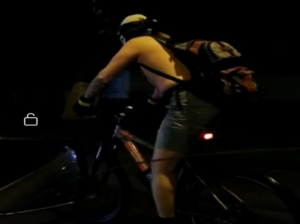 Полуголый «призрачный» гонщик в Ростове-на-Дону выехал на поиски Мефисто
