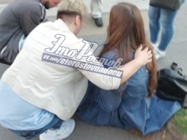 В Ростове прыткий водитель за рулем иномарки проехался по ноге девушки, как по бульвару