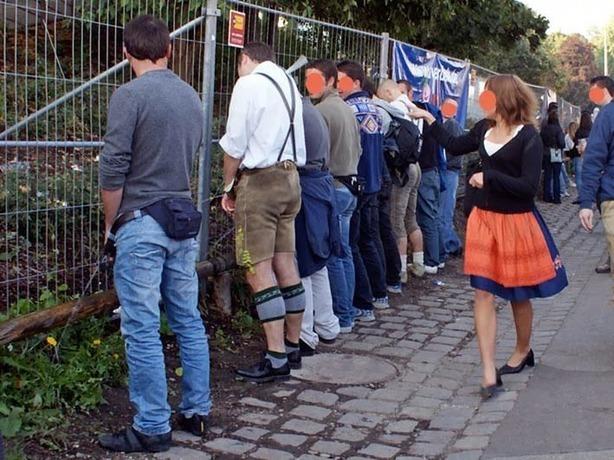 Установить много туалетов в центре Ростова требует уставший терпеть «по-маленькому» активист