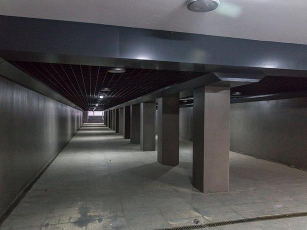 Новый в серых тонах подземный переход открыли напротив главного входа «Ростов Арены»