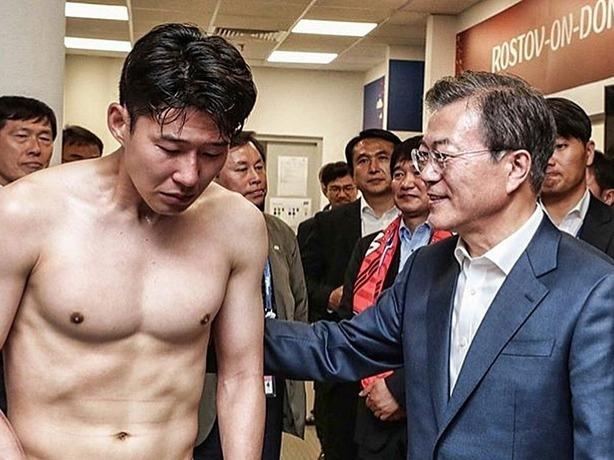 После проигрыша в Ростове капитан сборной Южной Кореи разрыдался от обиды и расстройства