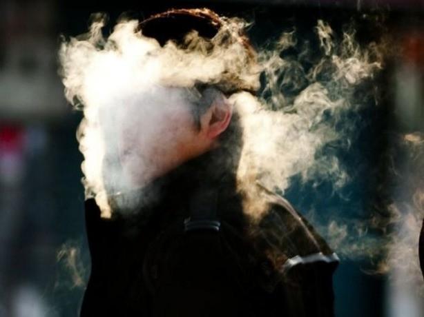 Как бросить курить и дожить до пенсии здоровым, расскажут ростовчанам