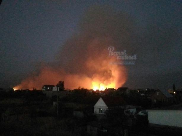 Практически 5 часов гасят пожар под Ростовом