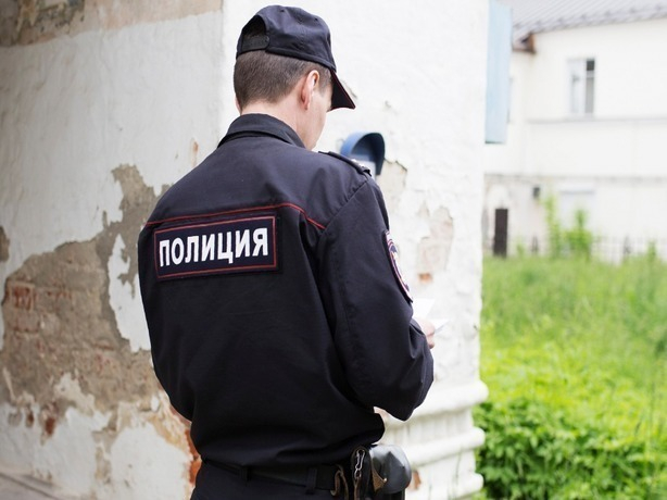 Ростовчанин ударил полицейского трубой полицу