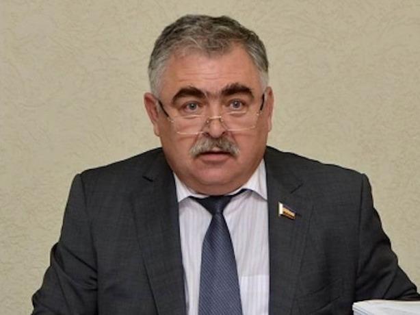 В Ростове уволили заместителя главы по ЖКХ Владимира Сакеллариуса в связи с утратой доверия