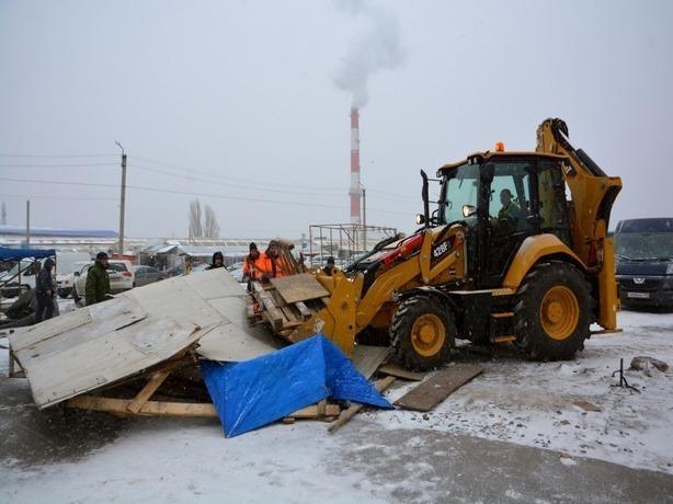 В Ростове-на-Дону на «Темернике» начали снос более 80 незаконных торговых построек