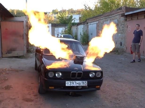 Ростовский умелец поставил на BMW реактивный двигатель от истребителя МиГ-23