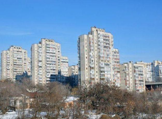 Оставлять машины в переулке возле Театральной площади Ростова запретят в декабре