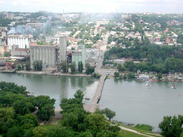 В Ростове любители экстрима смогут «летать» над Доном на новом аттракционе