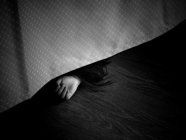 В Ростове молодую женщину задушили в собственной квартире