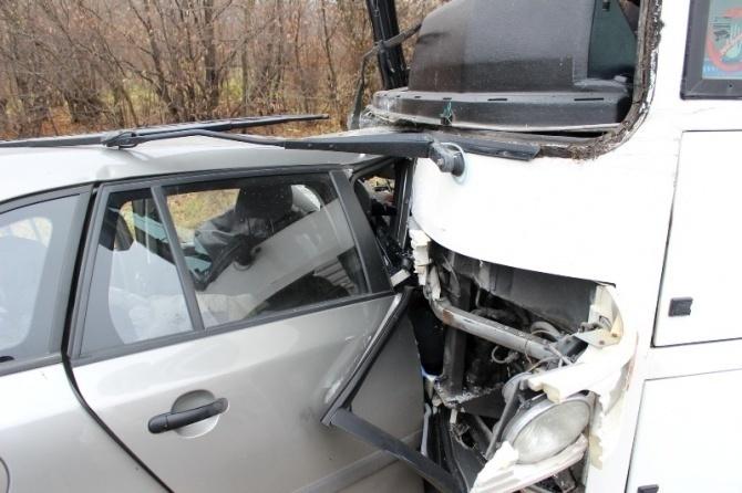 Два человека ранено в ДТП с пассажирским автобусом в Ростове