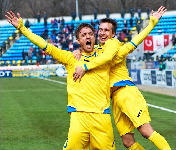 Футболисты Ростова вышли на первое место в Чемпионате России