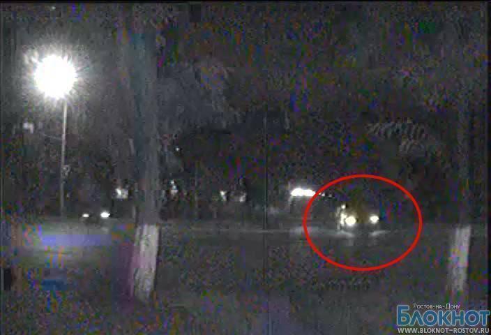 Cкутериста, скрывшегося с места ДТП на Буденновском, ищут по съемке с камеры наблюдения