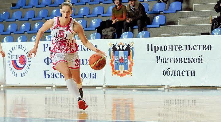 Баскетболистка из Ростова снялась в ролике о защите бездомных животных