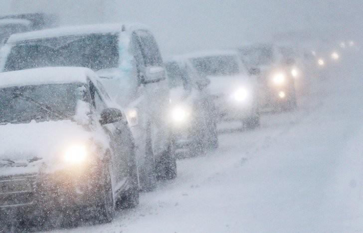 МЧС: На трассах Ростовской области ограничено движение для автобусов