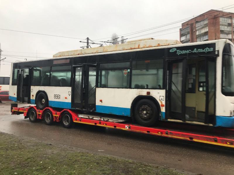 «Ржавым хламом» назвали ростовчане подаренные Москвой троллейбусы