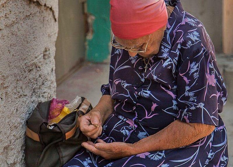 Почти четверть донских семей после покупки всего необходимого «сводят концы сконцами»